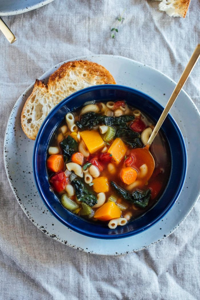Winter Minestrone Soup- made with nourishing kale and butternut squash, this hearty vegetable soup is sure to keep you warm all winter long. (vegan + gluten-free)