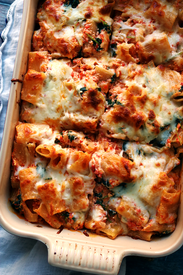 Baked Ziti with Roasted Red Peppers, Baby Kale, and Ricottafrom Eats Well With Others