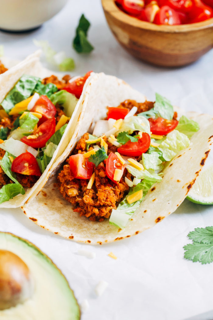 Lentil Taco Skillet- packed full of protein and fiber, these delicious plant-based tacos come together in less than 30-minutes! (vegan + gluten-free)