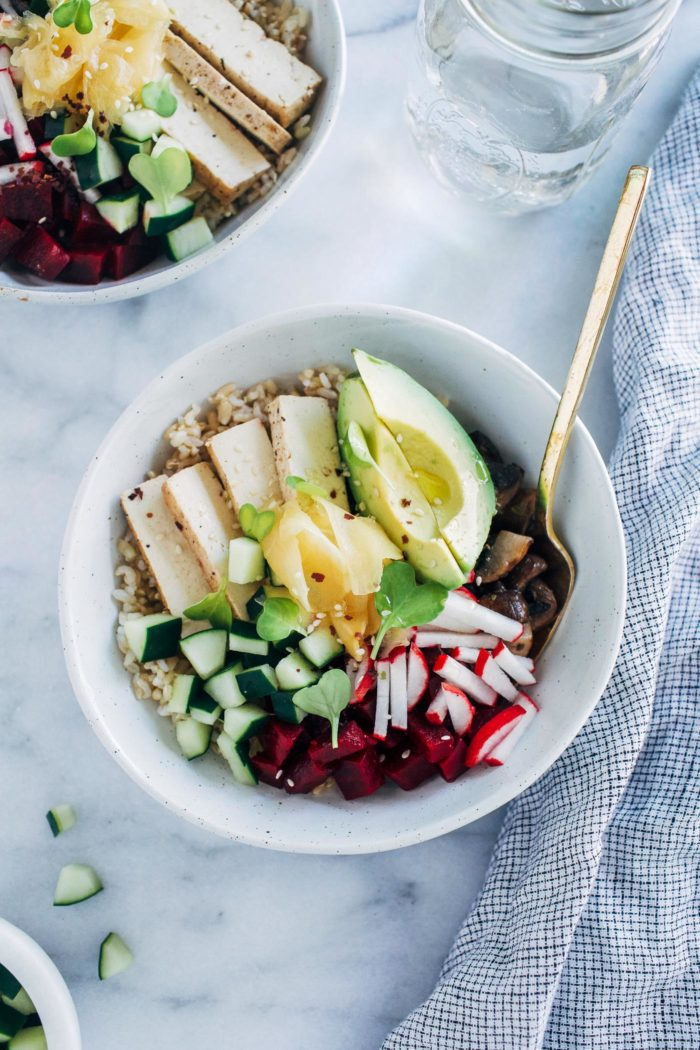 Vegan Poke Bowls- a meatless spin on the Hawaiian classic made with pickled veggies and brown rice. They are light, refreshing, and perfect for summer weather!#plantbased #cleaneating #vegan #glutenfree