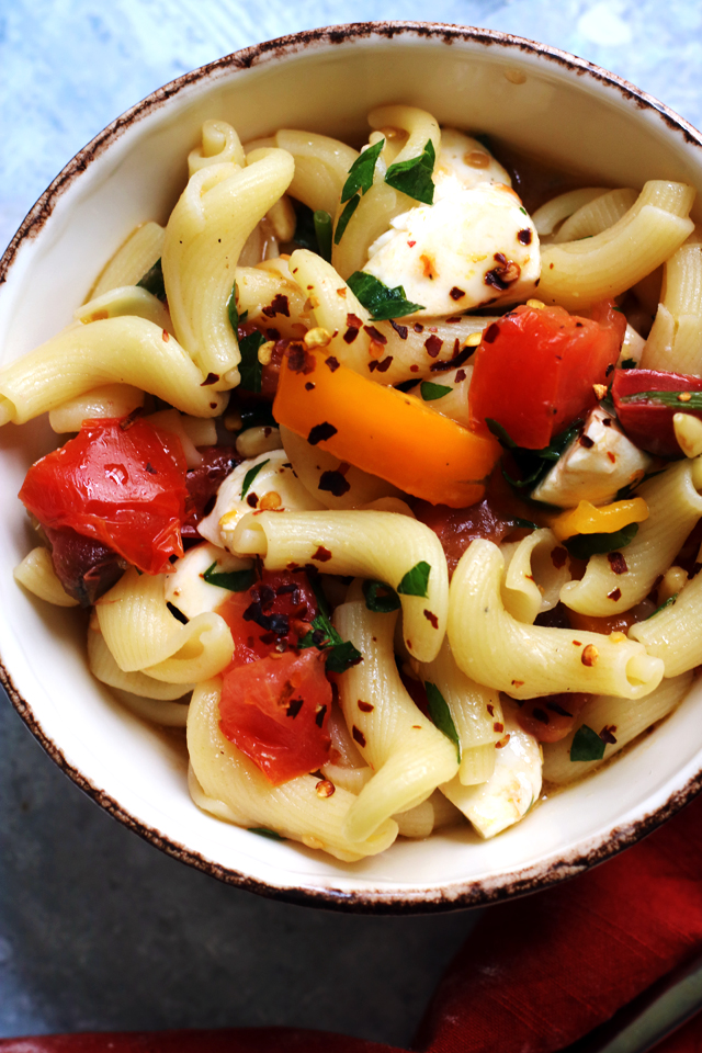Summer Pasta Salad with No-Cook Heirloom Tomato Sauce from Eats Well With Others