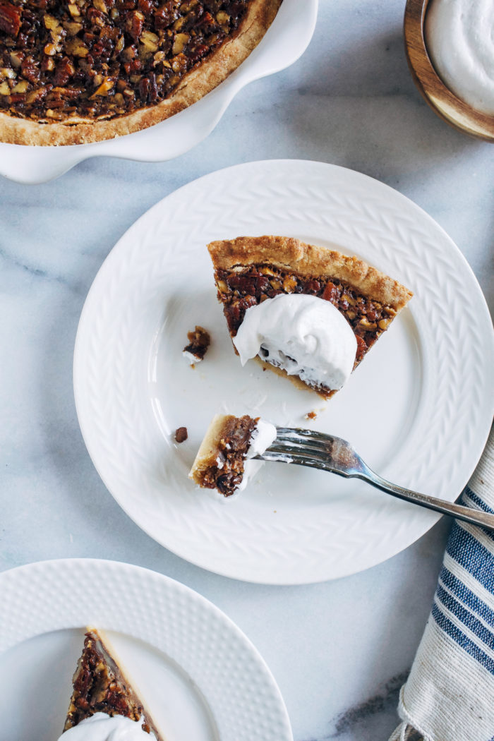 The Best Vegan Pecan Pie- made with just 9 simple ingredients, you would never guess this pecan pie is made without eggs or corn syrup!  #plantbased