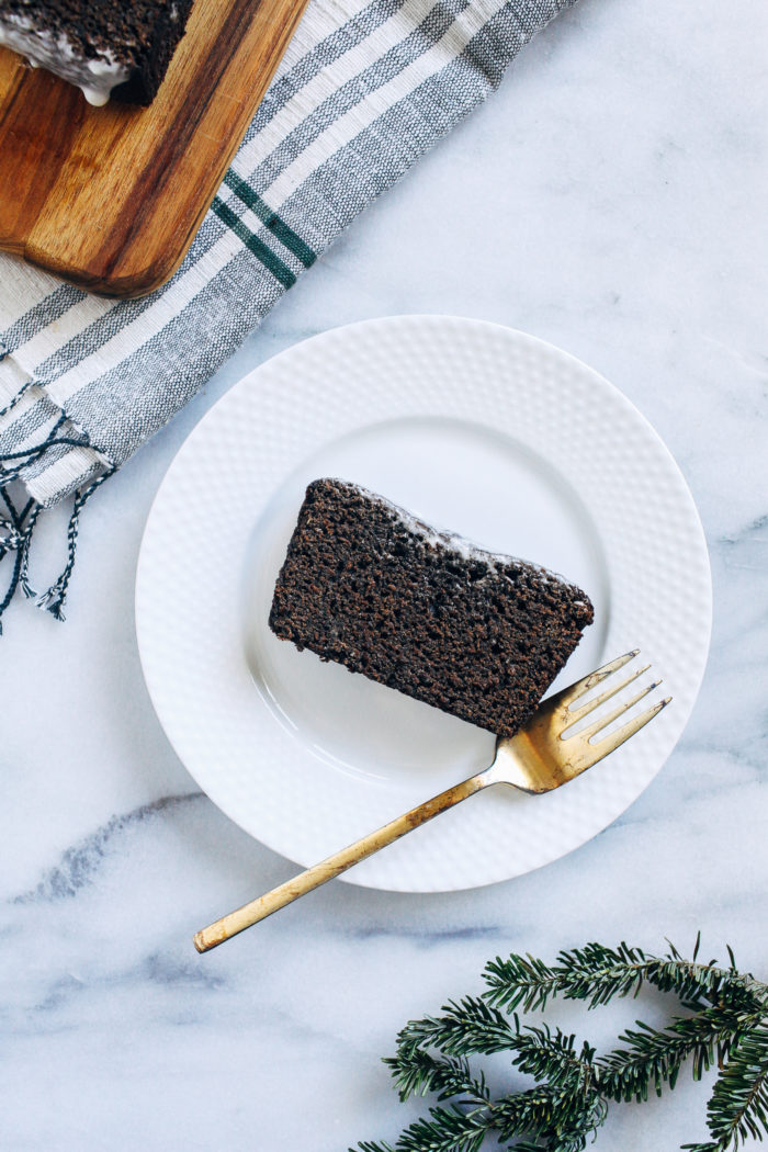 Healthy Vegan Gingerbread Loaf- made with whole grain flour and iron rich molasses, this gingerbread is nourishing and packed full of flavor!