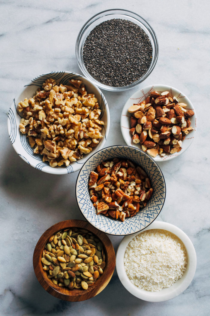 Chunky Grain-free Granola- packed with hormone balancing fats and plant-based protein, this clustery granola is perfect for any time of day! (vegan + gluten-free) #lowcarb #paleo #pegan