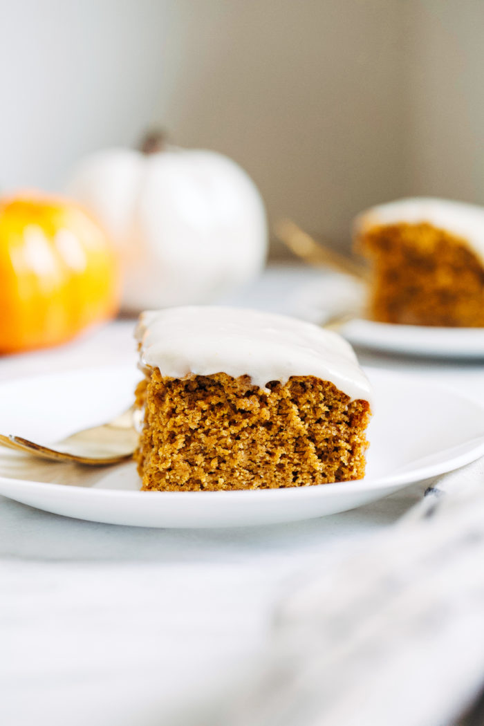 Gluten-free Pumpkin Cake- made with wholesome almond flour and oat flour, no one will ever guess this perfectly moist and tender cake is gluten-free!