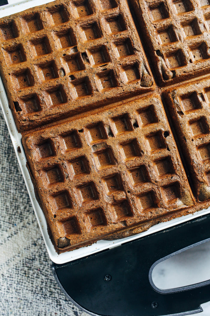 Gingerbread Buckwheat Waffles- whole grain and naturally gluten-free, these gingerbread waffles make the perfect holiday breakfast. Freezer friendly with vegan option too!