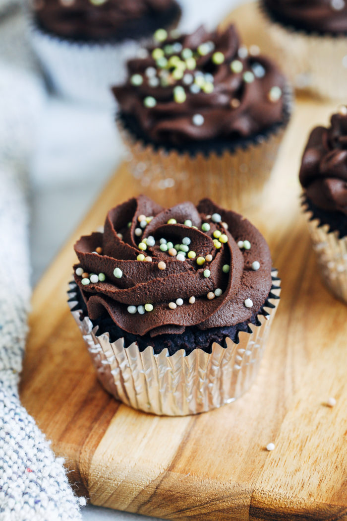 Fudgy Grain-free Vegan Chocolate Cupcakes- these cupcakes are so moist and decadent, you would never guess they're vegan and paleo. Comes together with just 9 ingredients and one bowl!